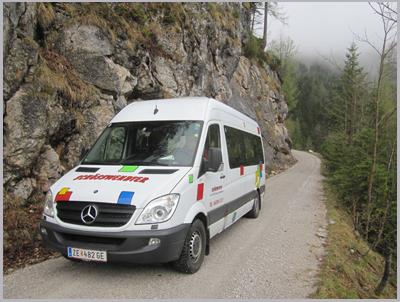 Das Wandertaxi verkürzt den Aufstieg zur Passauer Hütte von Weißbach auf 2 Stunden.